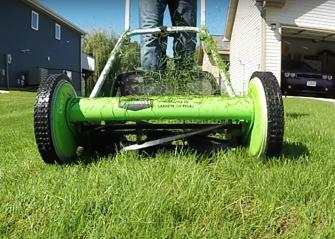 lawn mower cutting deck size