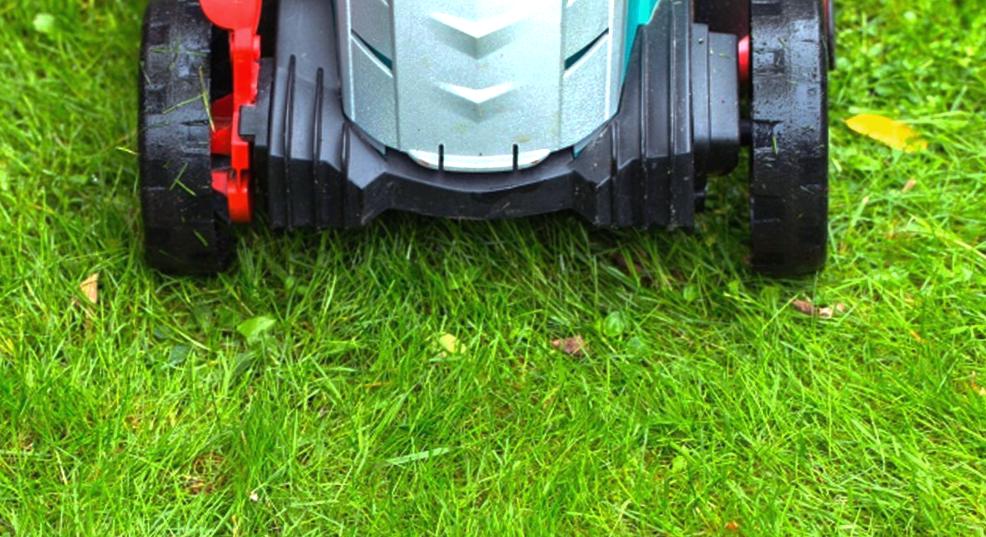 mowing grass when wet
