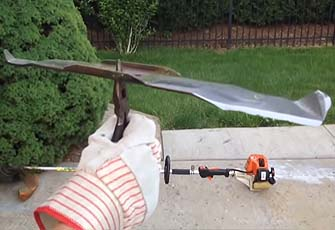 balancing a lawn mower blade